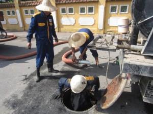 dịch vụ hút bể phốt tại Giảng Võ