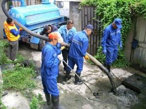 hút bể phốt tại Nguyễn Văn Cừ