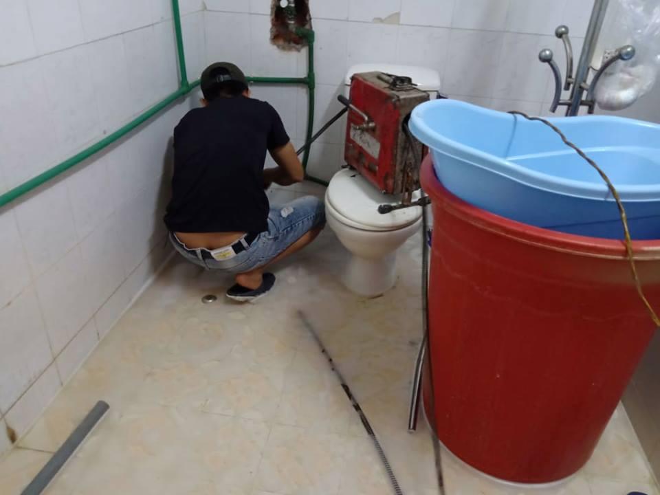 Thông tắc nhà vệ sinh tại đống đa 87K - 0946.616.888